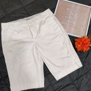 ⚡⚡intro. White shorts